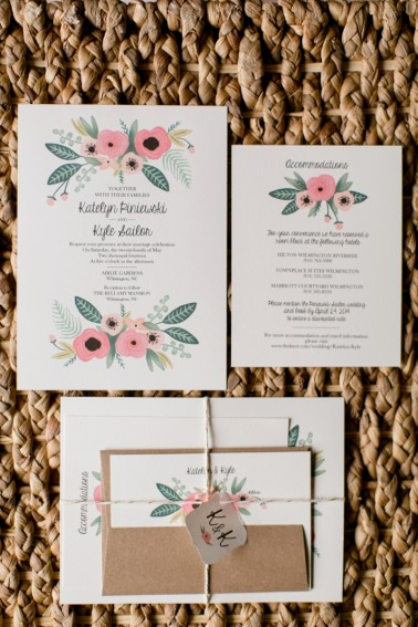 wedding invitations flowers